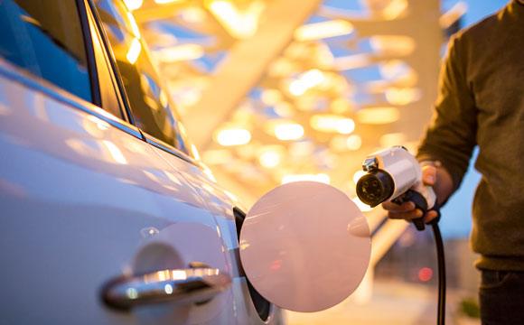 Metro setzt sich für Elektromobilität ein