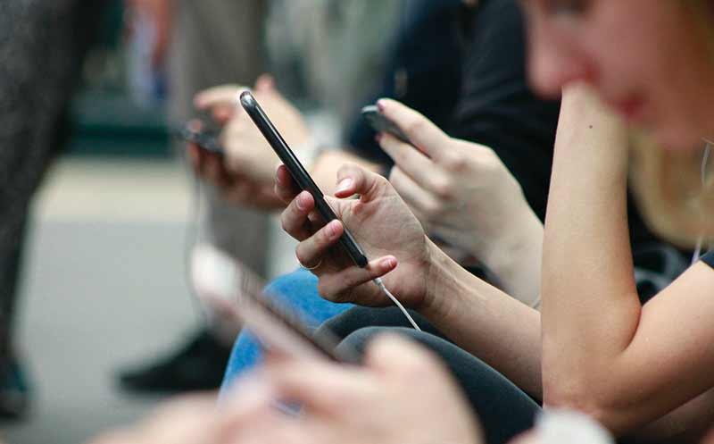 Social Media: Hallo, wer ist am Apparat?