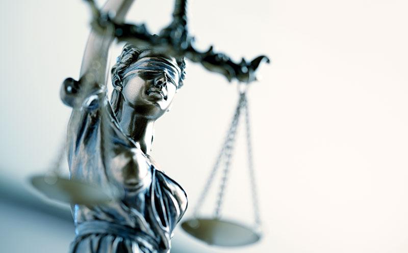 Rechtliche Neuerungen: Gesetzgebung im Ausnahmezustand?
