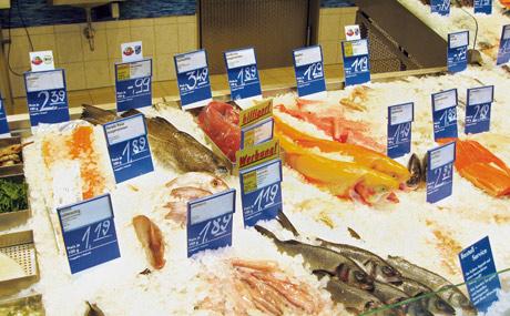 Praxis Tipp: Das muss aufs Etikett in der Fischtheke