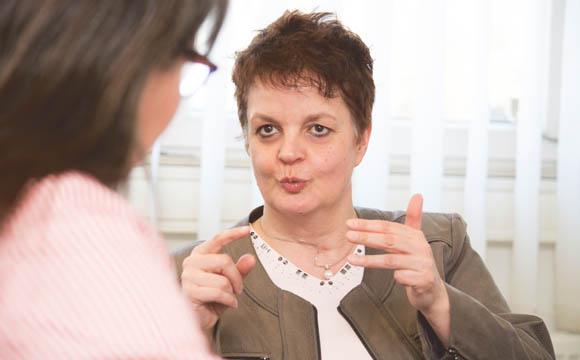 Interview mit Hannelie Bohnes:Soziale Kompetenz und sensible Antennen
