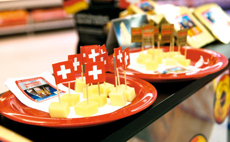Switzerland Cheese Marketing: Schweizer Käse im Plus