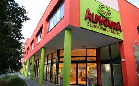 Eröffnung des ersten Alnatura-Marktes in Zürich