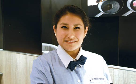 """""""Ich habe hier eine zweite Familie gefunden. Ich möchte auf jeden Fall auch nach der Ausbildung bleiben."""" Francesca Cordero, peruanische Auszubildende"""