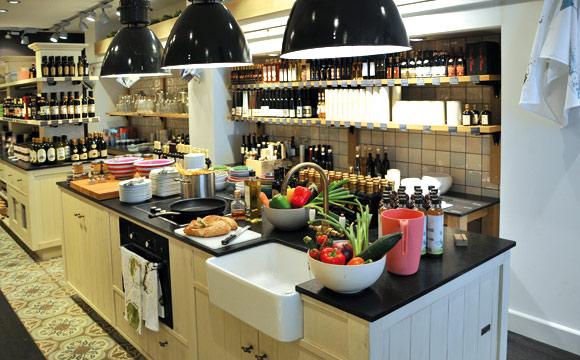 Die viktorianisch angehauchte Küche ist Kern der Delice-Standorte und des Konzeptes.