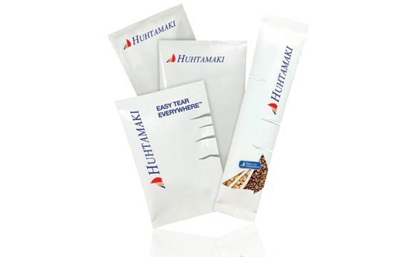 Mit Easy Tear leicht zu öffnen) hat Huhtamaki eine auch mit Handicap gut zu öffnende Verpackungslösung entwickelt.