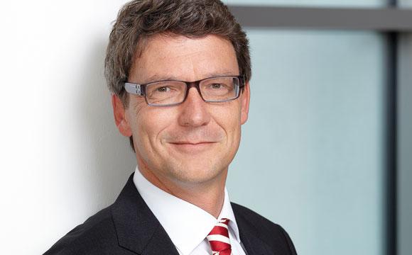 Stephan FüstiMolnár, Geschäftsführer Henkel Wasch- und Reinigungsmittel Deutschland
