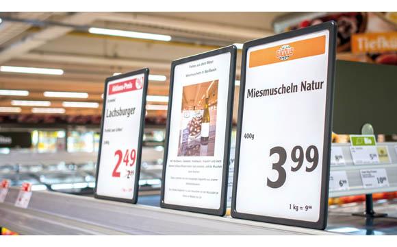 Getränkeempfehlungen zeigen die Kompetenz des Händlers und fördern Zusatzumsätze. (Globus Homburg-Einöd)