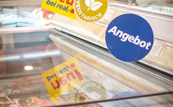 Es gibt immer mehr Menschen hierzulande, die sich immer mal wieder vegetarisch ernähren – sie sind dankbar für Hinweise an den Truhen. (Real Dortmund)