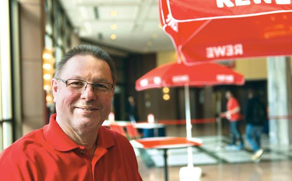 Wir Punkten mit den Themen Eigenverantwortung und gute Bezahlung<br /> Dieter Göwel, Leiter Personalentwicklung Rewe Region Mitte