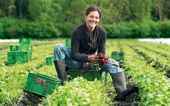 """Erzeuger wie Anne Schmid geben dem bayerischen Bio-Siegel ein """"Gesicht""""."""