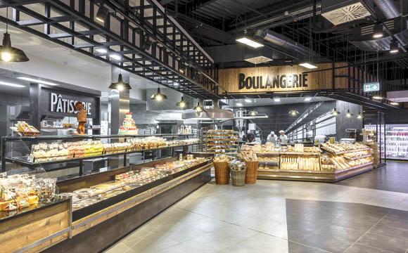 Highlight im Sortiment: Patisserie und Boulangerie bieten Einblick in die Produktion.
