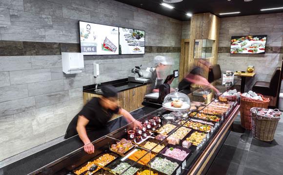 Frische ist immer auch personalintensiv: Mehr als 400 Mitarbeiter werden in Wemperhardt beschäftigt – und auch gebraucht.