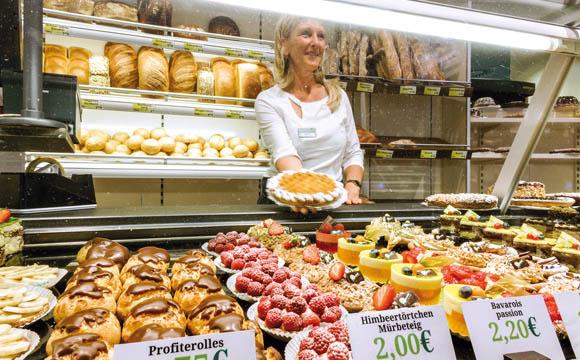 Patisserie und Boulangerie werden auch in der Mall angeboten