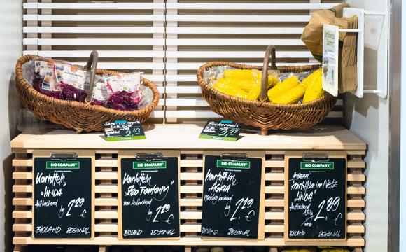 Kartoffelkeller: Die Schütten für die Knollen wurden neu kreiert, die Körbe können auch gekauft werden.