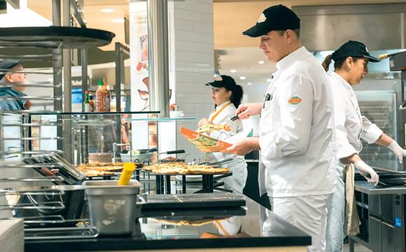 So nah waren Gastronomie und Handel noch nie zusammen wie im Globus Bauschheim.