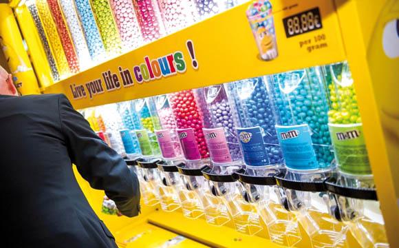 Im Test: die neue, verkaufsfördernde Farblehre von M&M's.