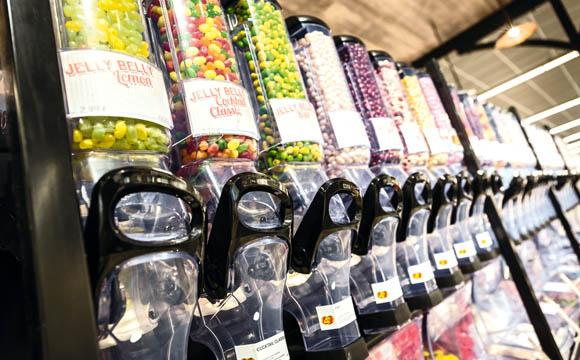 Der Verkauf loser Süßwaren ist ein zentrales Element in Lörrach.