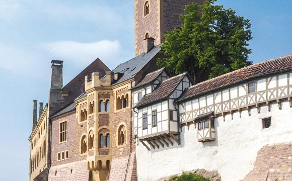 Symbol der Reformation: die Wartburg über Eisenach.