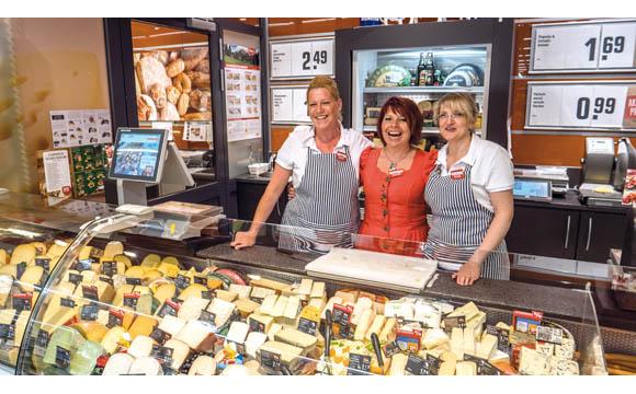 Rewe-Markt Langenhangen