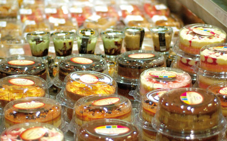 Dolce Vita: Die Italiener mögen's süß. Die Auswahl an Torten und Dolcetti ist riesig.