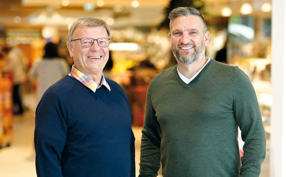 Die 3. und 4. Generation, hier in Person von Ralf (r.) und Willi Kramer, führen die Geschäfte mit den zwei Standorten Recklinghausen und Herten.