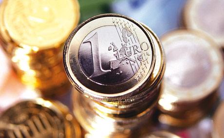 EHI-Studie: Deutsche zahlen immer seltener mit Bargeld