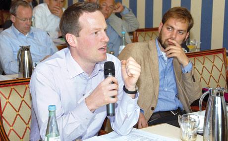 Experten aus Handel, Industrie und Wissenschaft diskutierten mit.
