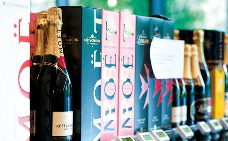 Prost: Champagner geht in München gut – ob ungekühlt oder direkt aus dem Kühlschrank.