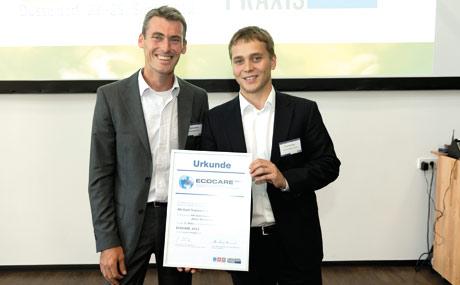 André Freidler (r.), Mitglied der Alb-Gold-Geschäftsführung, und Marketingleiter Matthias Klumpp.