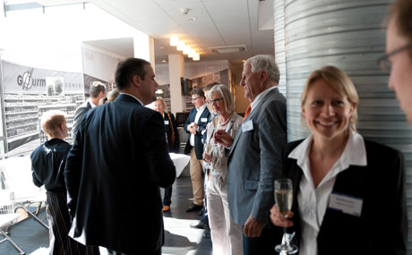 Reger Austausch rund um das Thema Nachhaltigkeit herrschte unter den Nominierten, Juroren und Gästen vor und nach der Preisverleihung.