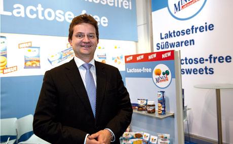 Aus Minus mach Plus: Dr. Wolfgang Nuber, Omira.