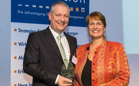 """Innovativ: Der Henkel-Unternehmensbereich Wasch-/Reinigungsmittel hat den Best Open Innovator Award 2012 der Zeppelin-Universität Friedrichshafen in der Kategorie """"Beste Gesamtumsetzung in einem Großunternehmen"""