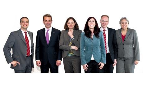 Zufrieden: Die Juroren (v.l. Dr. Axel Kölle, Hans-Günter Trockels, Dr. Daniela Büchel, Bettina Müller-Röttig, Uwe Bergmann, Marion Sollbach) nach getaner Arbeit.
