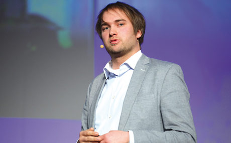 Die Referenten: Sebastian Raßmann ...