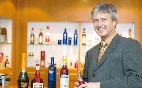 """""""Die Nachfrage nach bekannten Spirituosen wird häufig unterschätzt, so dass es zu Out-of-Stocks und damit zu Umsatzausfällen kommt.""""  Heiko Fabian, Campari"""