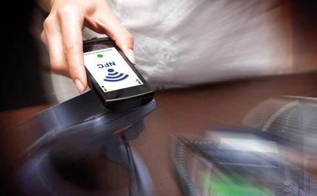 Kontaktloses Bezahlen via NFC-Technologie (Near Field Communication) ist keine Zukunftsmusik mehr. (Foto: Shutterstock)