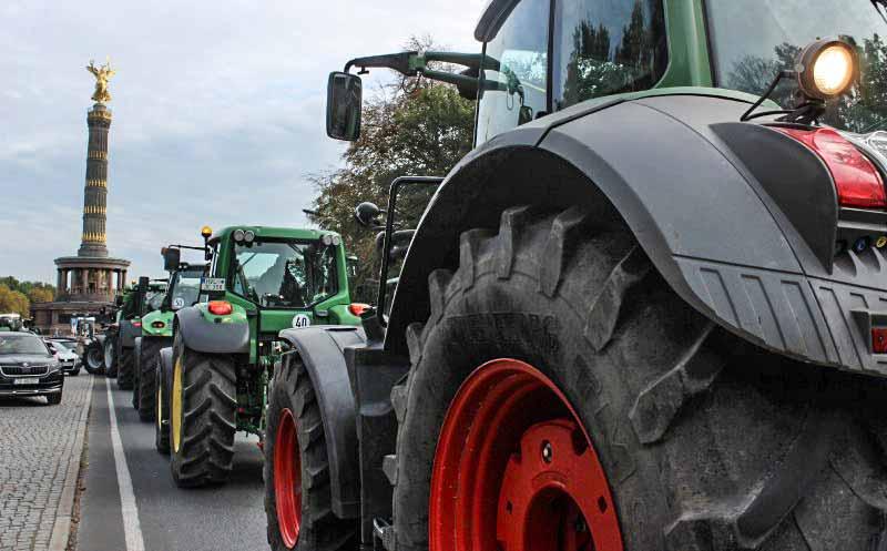 Proteste: Landwirte blockieren Händler