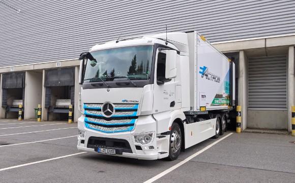 Mercedes-Benz Trucks: Praxistest für Elektro-Laster