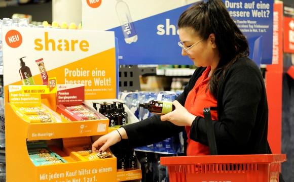 Rewe:Start einer sozialen Lebensmittelmarke