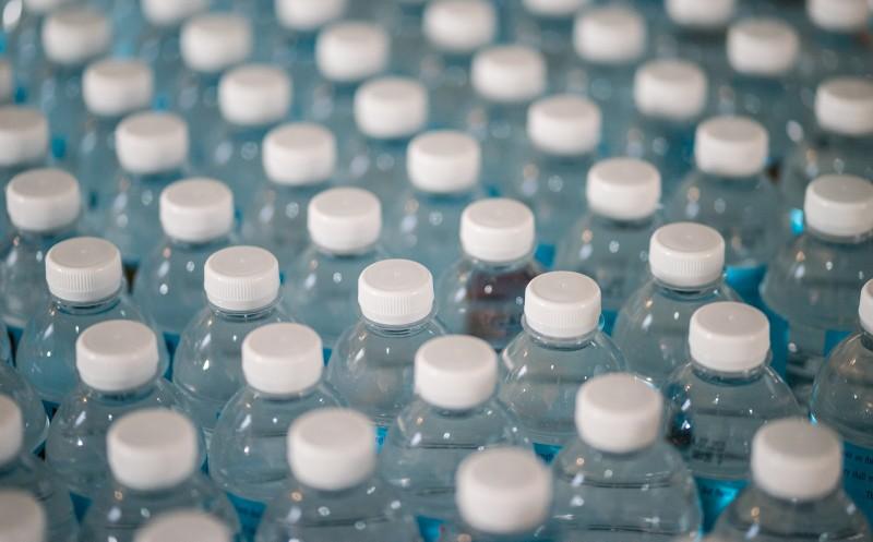 Günstiger Kunststoff: Warum Hersteller trotzdem auf Rezyklate setzen