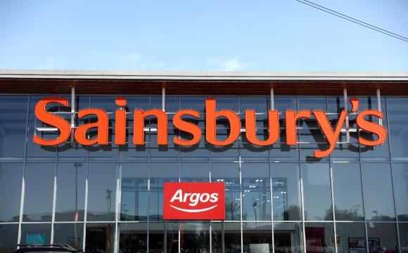 Sainsbury's und Asda fusionieren