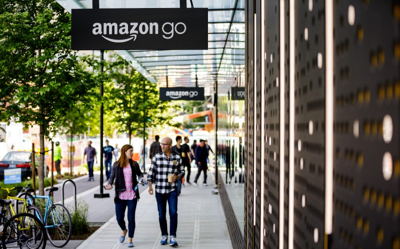 USA: Amazon Go-Store in San Francisco plant Verkauf warmer Speisen
