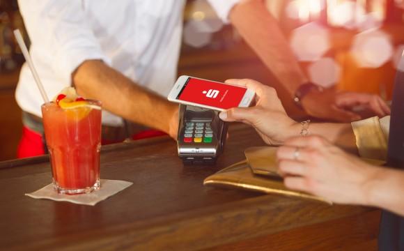 Mobiles Bezahlen: Erste Sparkassen bieten App an