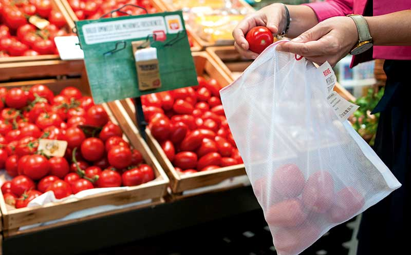 Rewe: Obst und Gemüse unverpackt