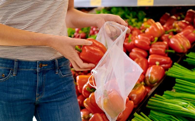 Verlangen Geld für Knotenbeutel aus Bio-Plastik