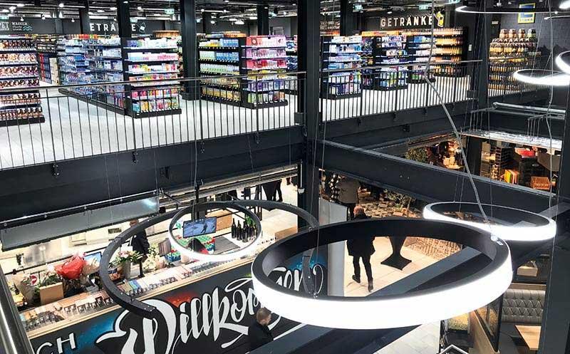 Supermärkte/Discounter: Kostenfreie Durchsagen für mehr Abstand