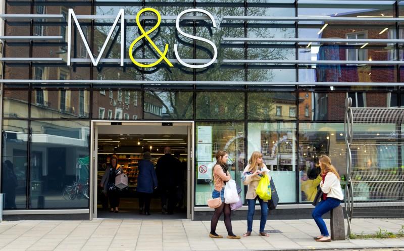 Marks & Spencer : Streicht Tausende Stellen